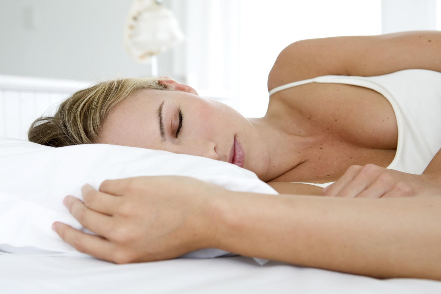 Five Ways To Burn Fat While You Sleep Realbuzz Com