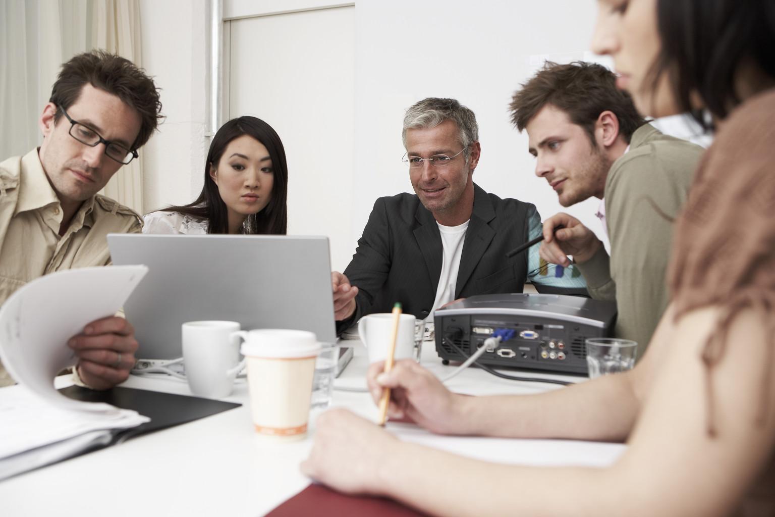 Ways to Run Meetings T...