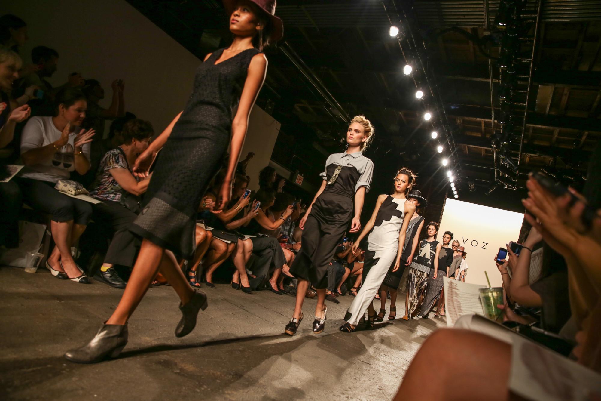 Bands Wedding for women in modest design, 20 inspired tribal nail art designs
