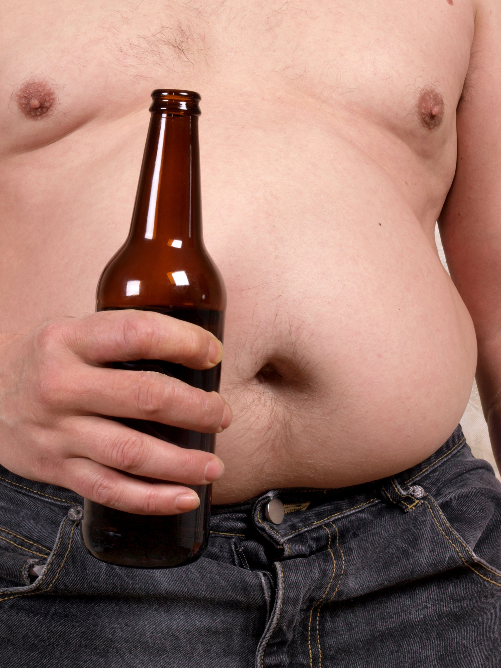 N Beely Man Gets Drunk On Food...