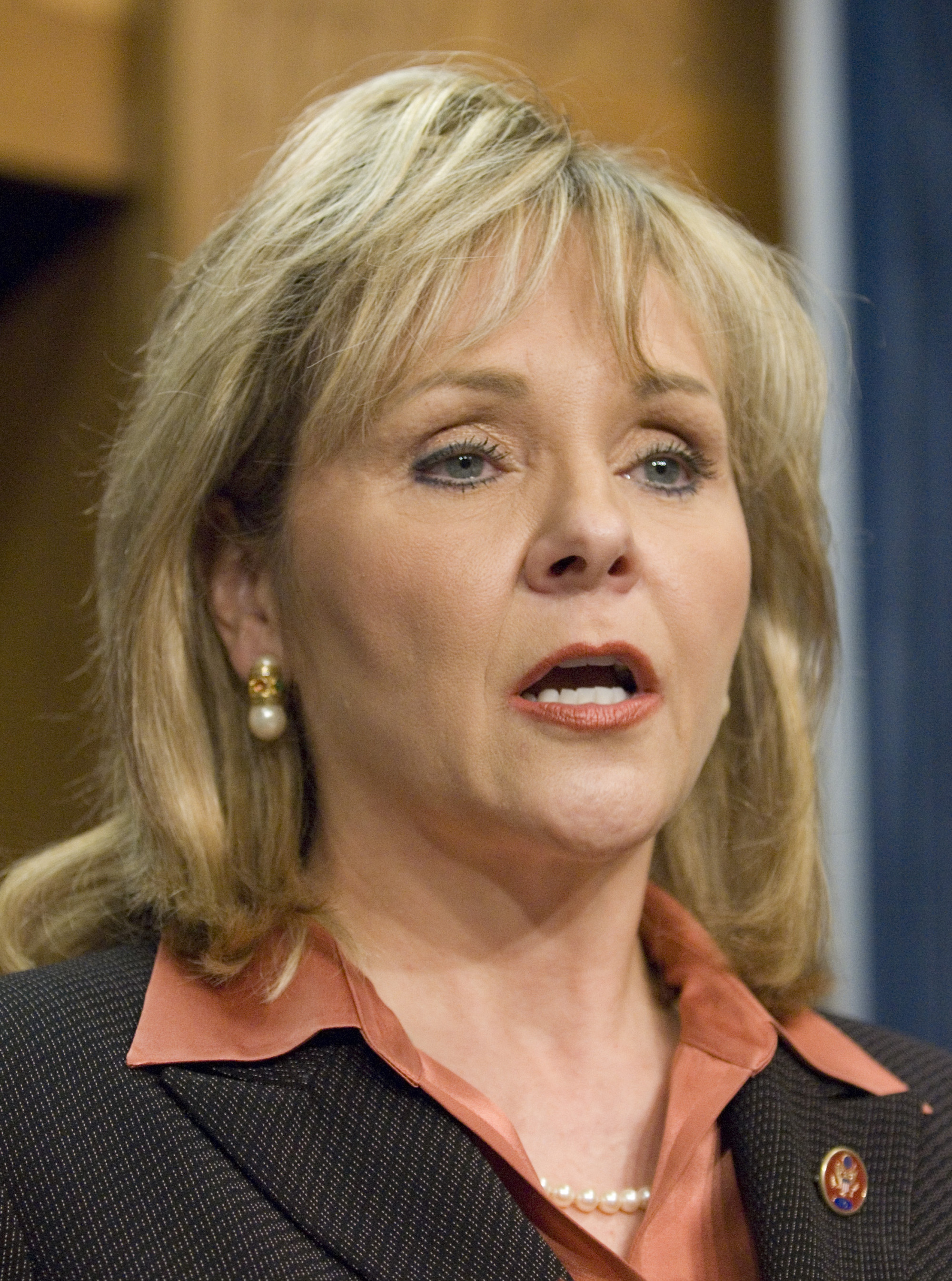 Mary Fallin, Oklahoma Gov., Tells National Guard To Stop Processing Benefits For Gay Couples - o-MARY-FALLIN-facebook