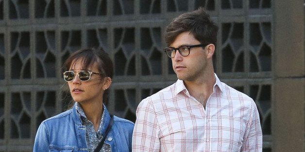 Rashida Jones, Colin Jost Dating: 'Parks And Recs' Star ...
