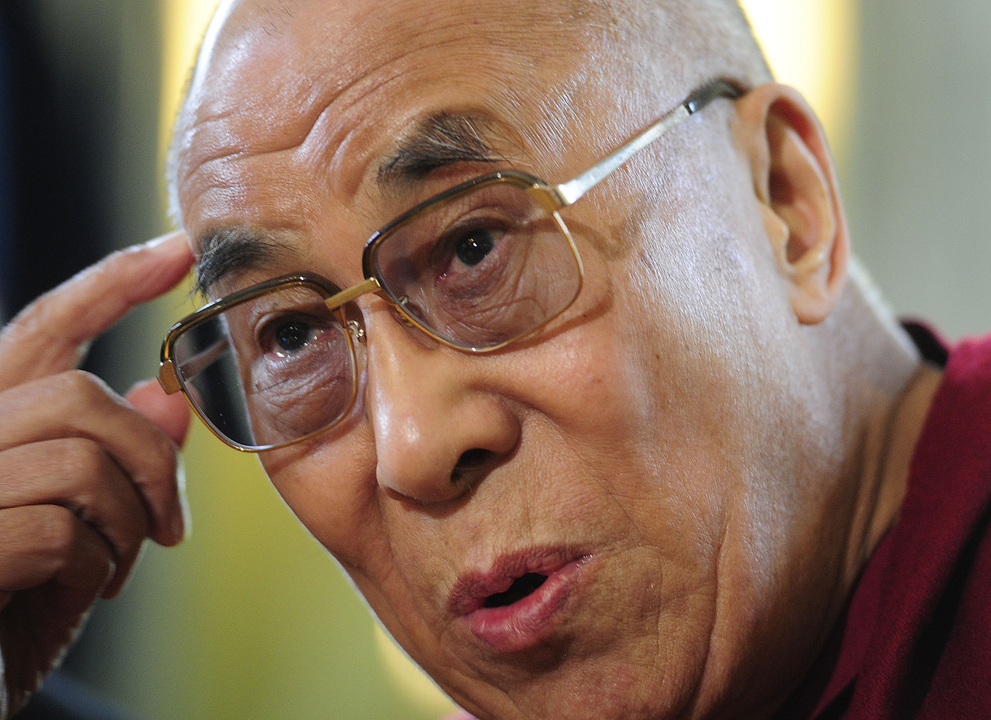 Dalai Lama Urges Monks To Stop Attacks On Muslims