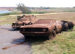 sacan cuerpos de lago de oklahoma despues de 40 años busqueda