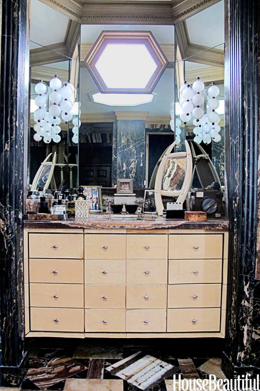 Kelly Wearstler S Bathroom Vanity Is Eccentric Funky And A Little Cluttered Photo Huffpost