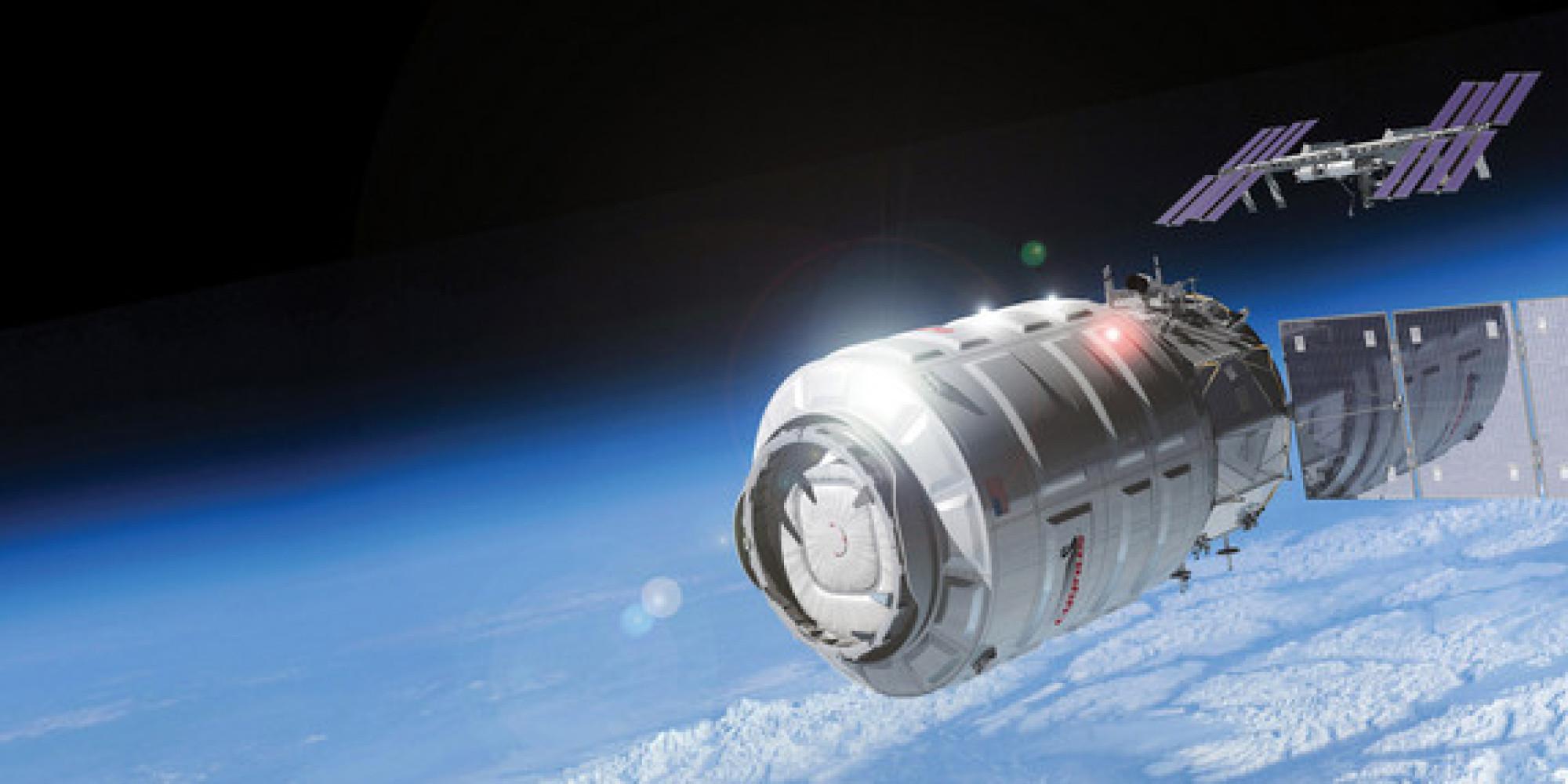 o-CYGNUS-facebook НАСА выбрало компании для доставки грузов на МКС