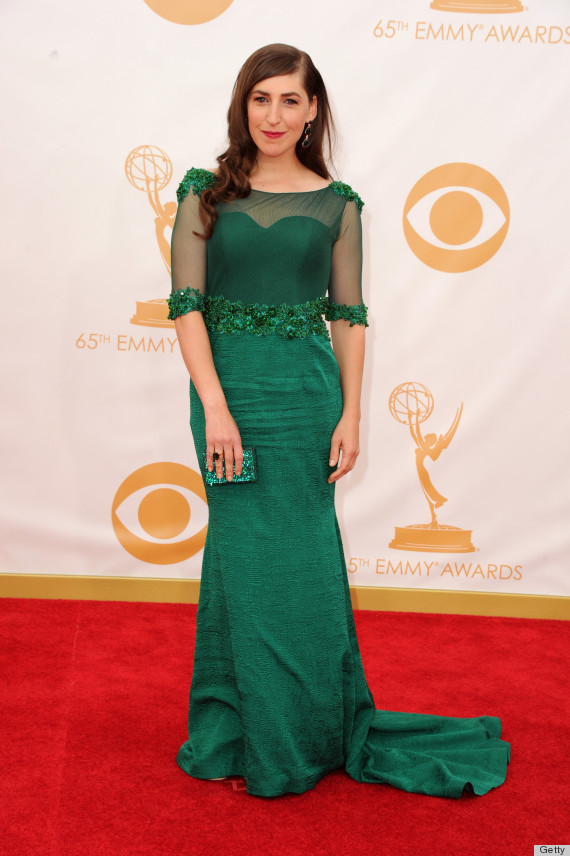 Mayim Bialik's Emmy Dress 2013 Is An Emerald Vision (