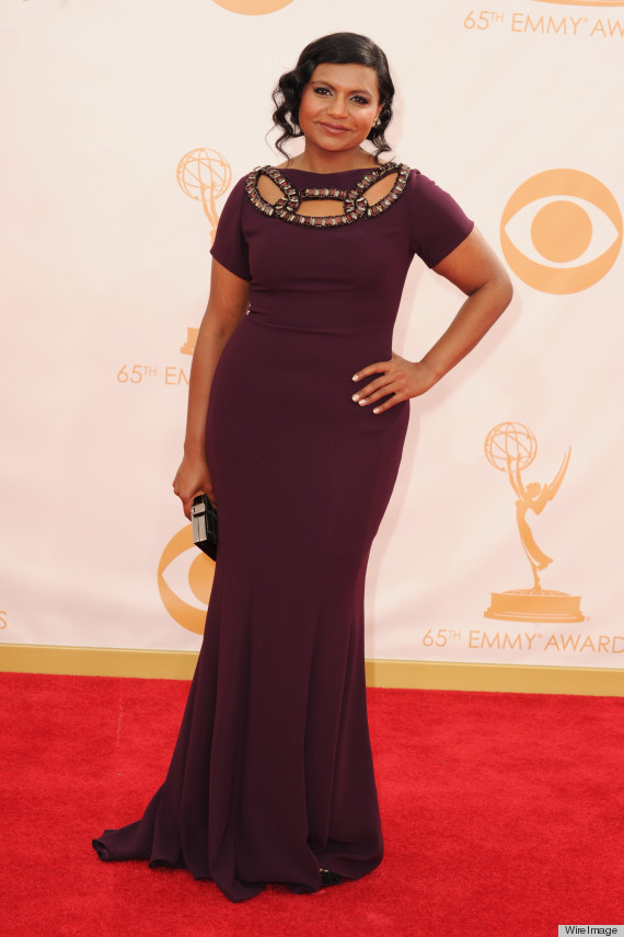 Mindy Kaling S Emmy Dress 2013 Is A Tight Aubergine Stunner Photos Huffpost Life