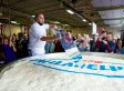 World's Largest Cheesecakes Weighs 6,900 Pounds (PHOTOS)