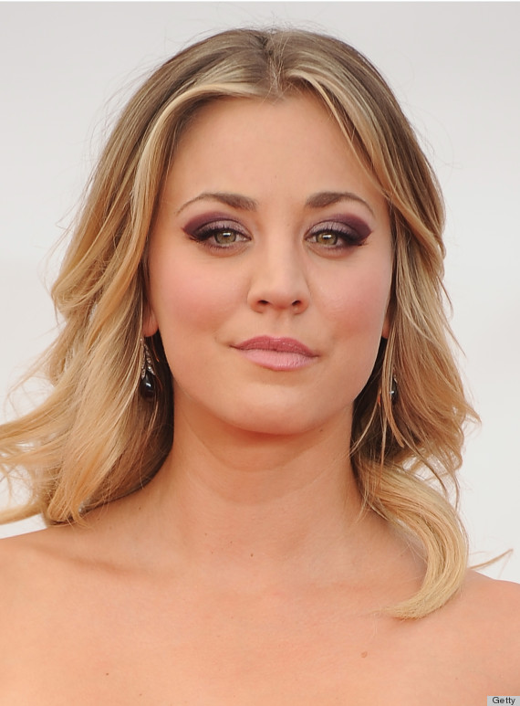 kaley cuoco emmy beauty 2013