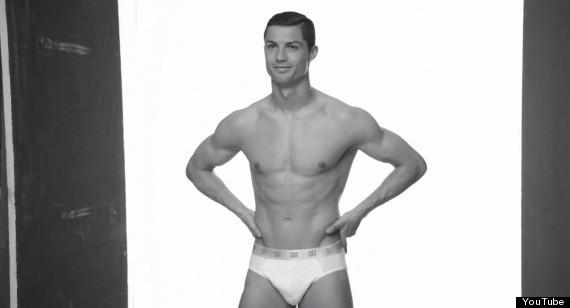 Cristiano ronaldo half naked photos 857