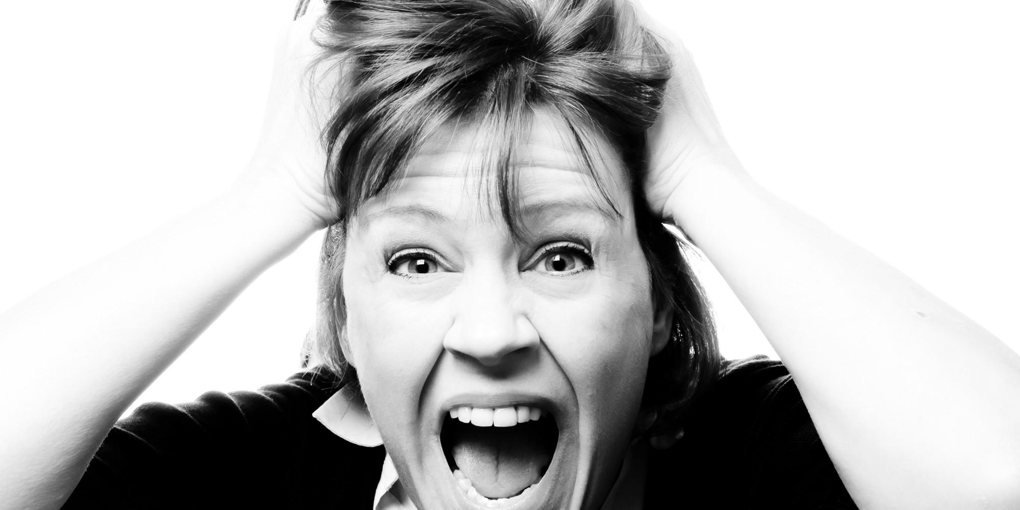 Cómo sobrevivir a la menopausia de tu mamá