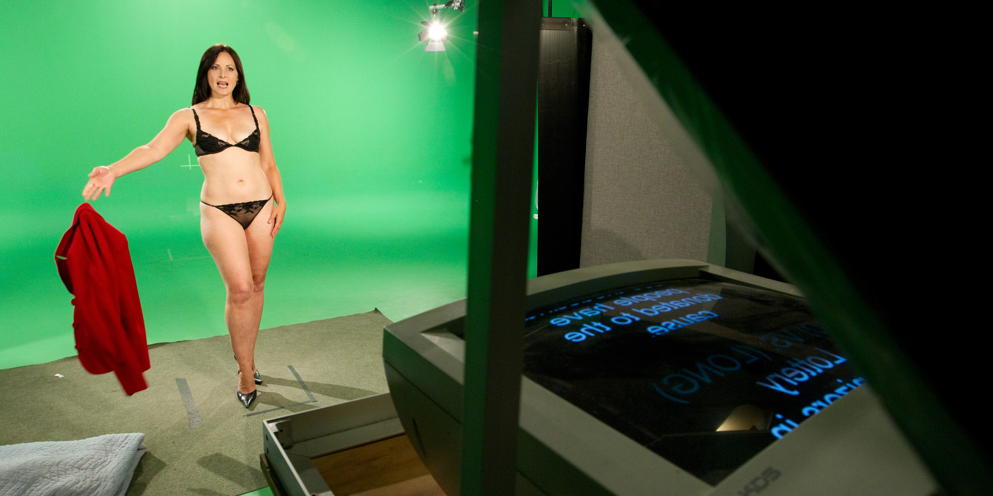 Celeb From Naked News Sinclair Victoria Scenes