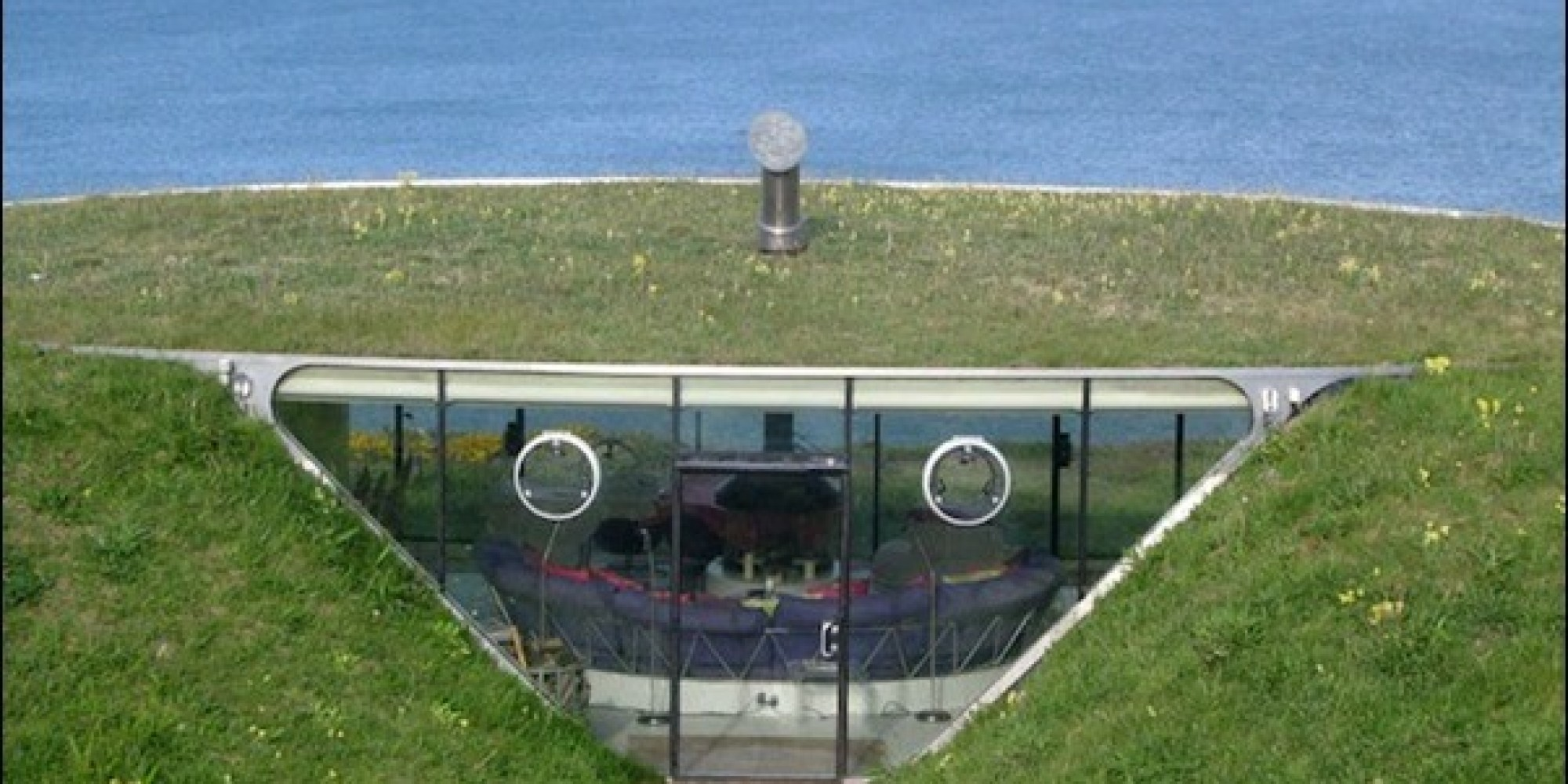 Malator House In Wales Looks Exactly Like Teletubbies