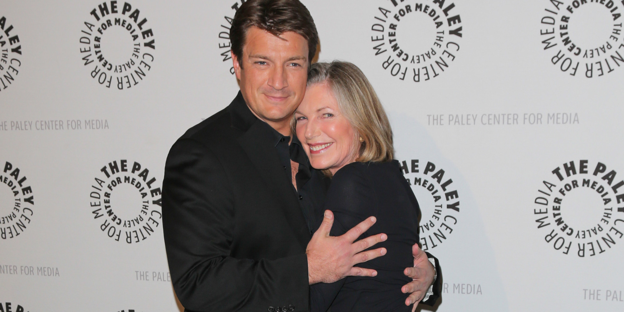 Nathan Fillion Gets Cozy With Castle Co Star Susan