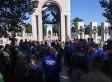 Republicans Grandstand At World War II Memorial Instead Of Working To Reopen It