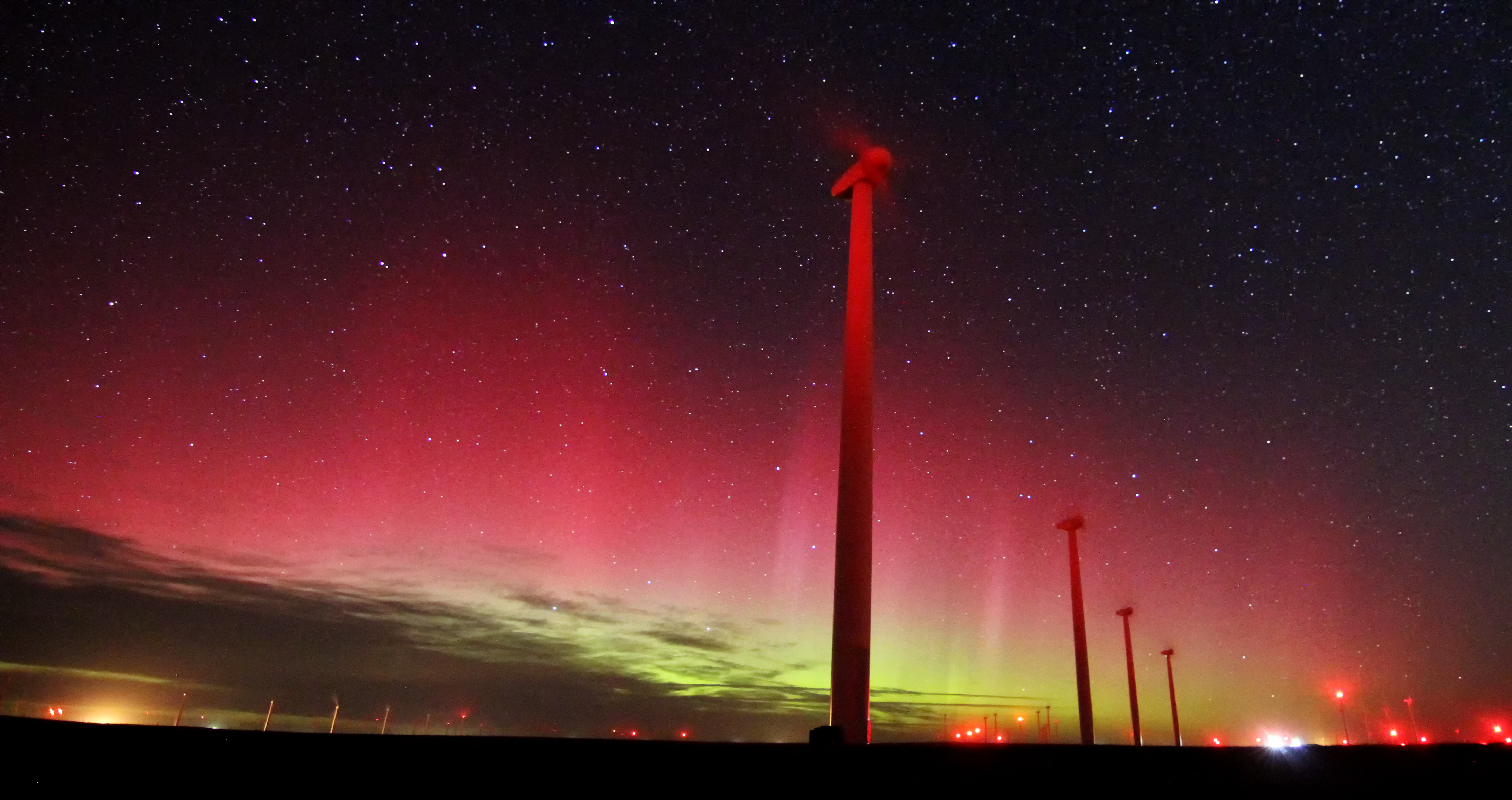 Northern Lights Shine Above Colorado Wind Farm In Rare ...