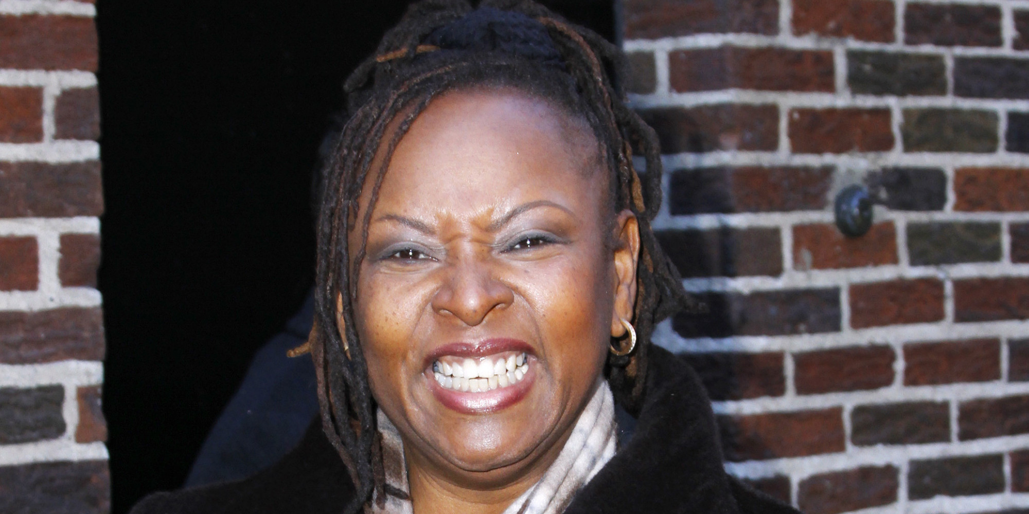 robin quivers salary