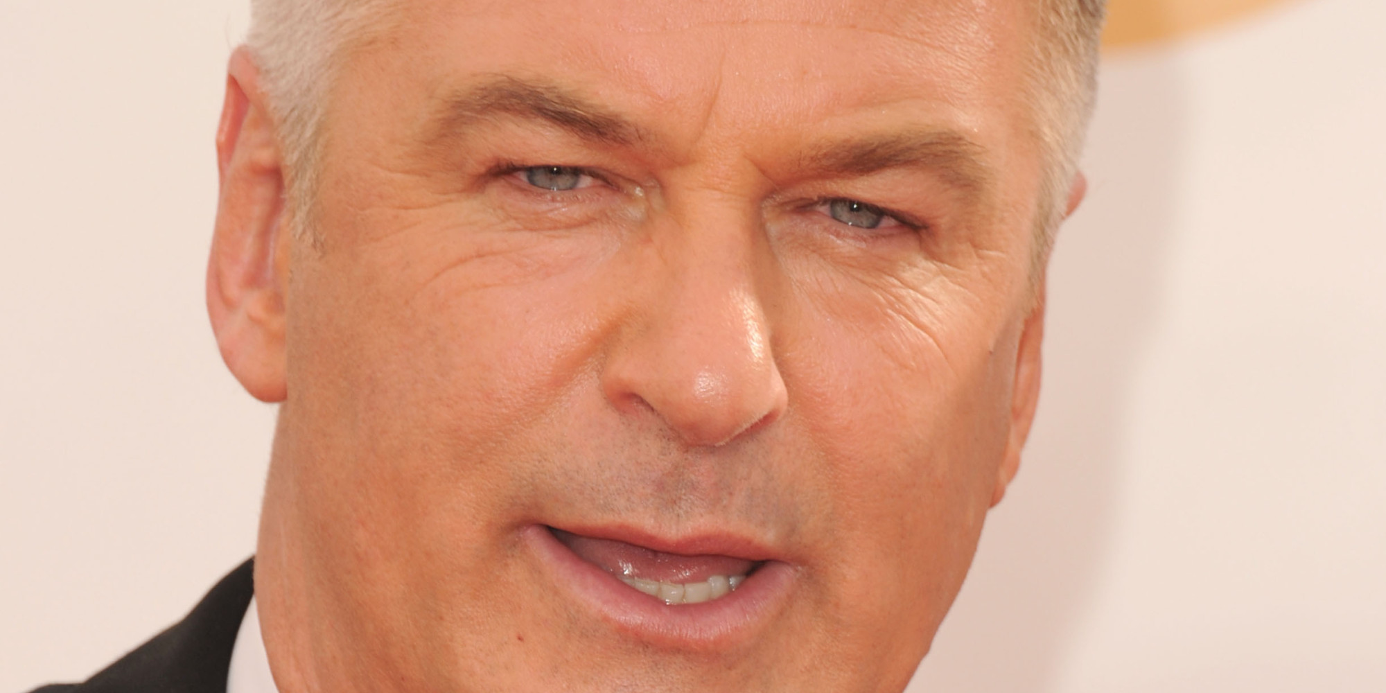 Alec Baldwin Writes Scathing Letter About Paparazzi In ... Alec Baldwin Facebook