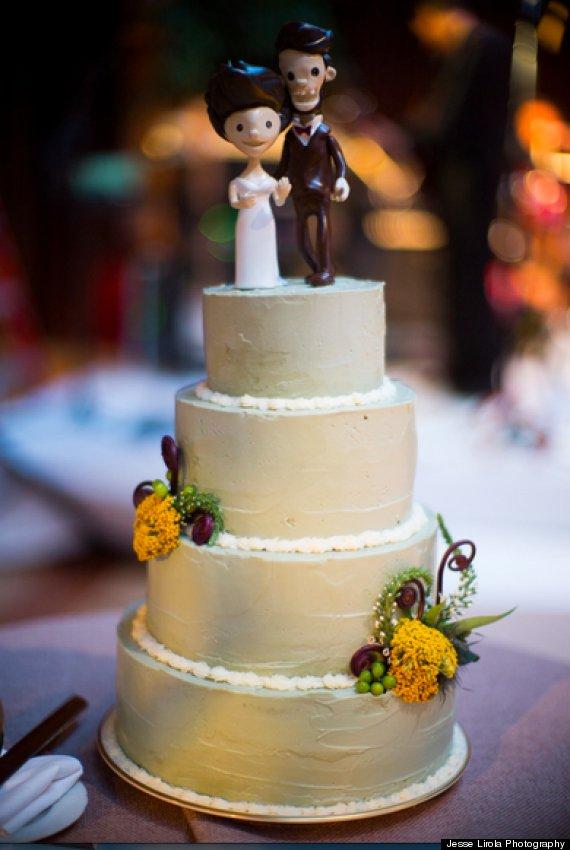 Top Chef Winner Stephanie Izards Wedding Cake Features Layer Of - Ivanka Wedding Cake