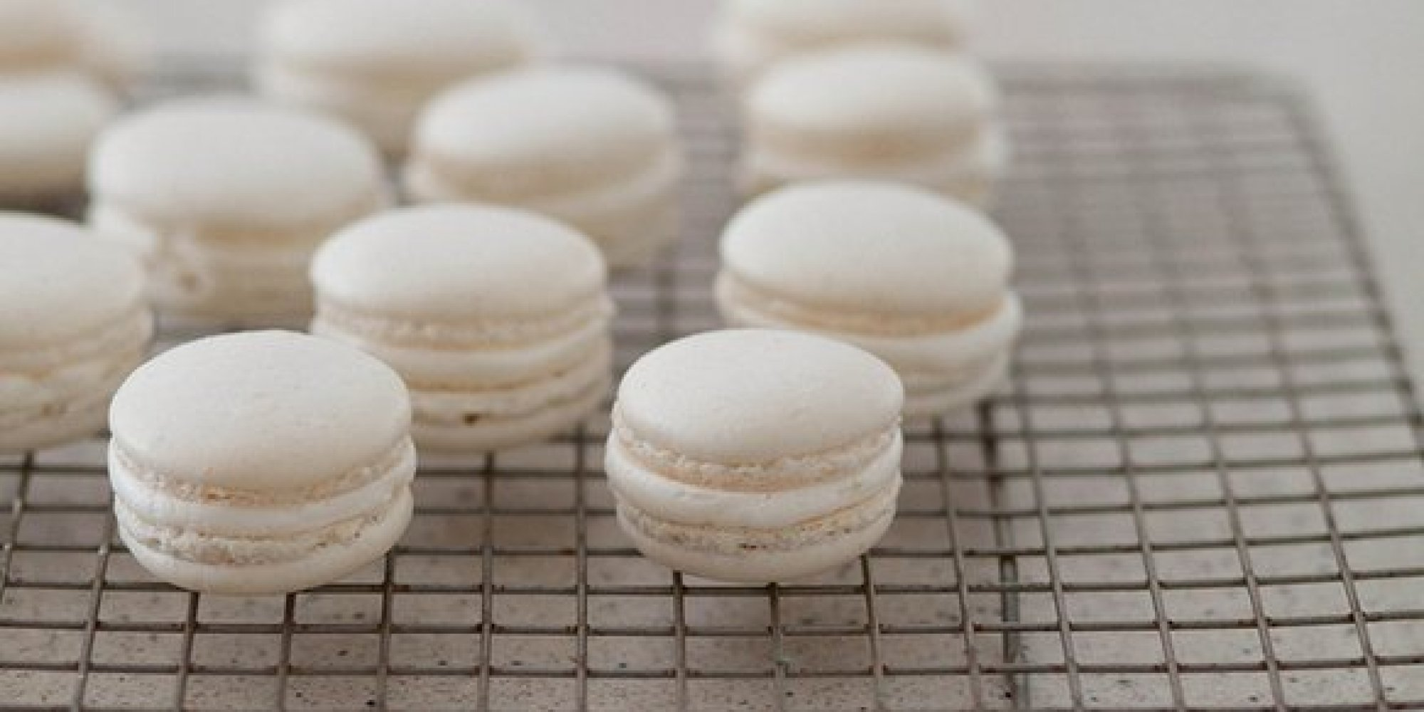 How To Make Your Own French Macarons (PHOTOS)
