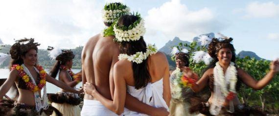 Matrimonio Gay Spiaggia : Matrimonio las vegas bali bora location da