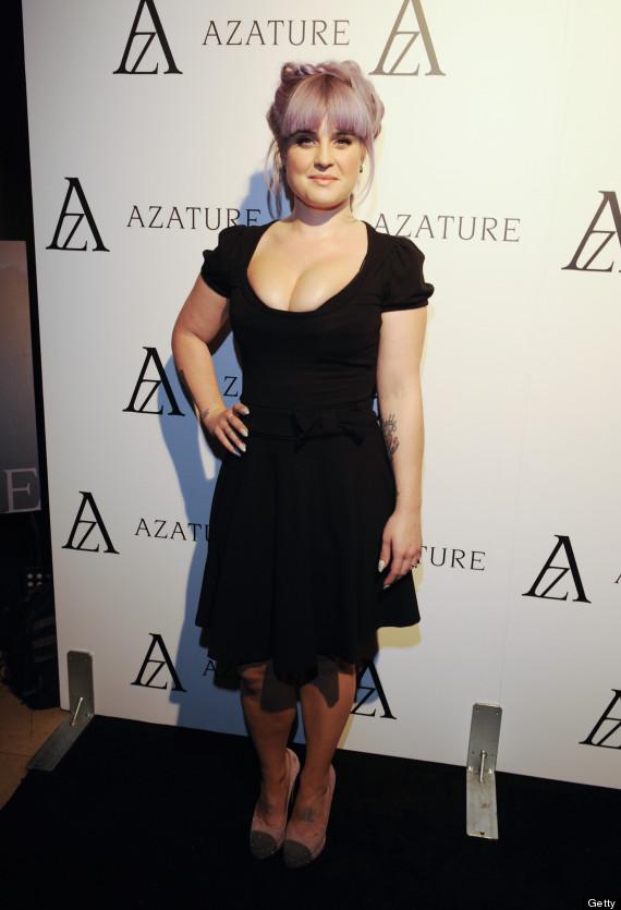 kelly osbourne low cut dress