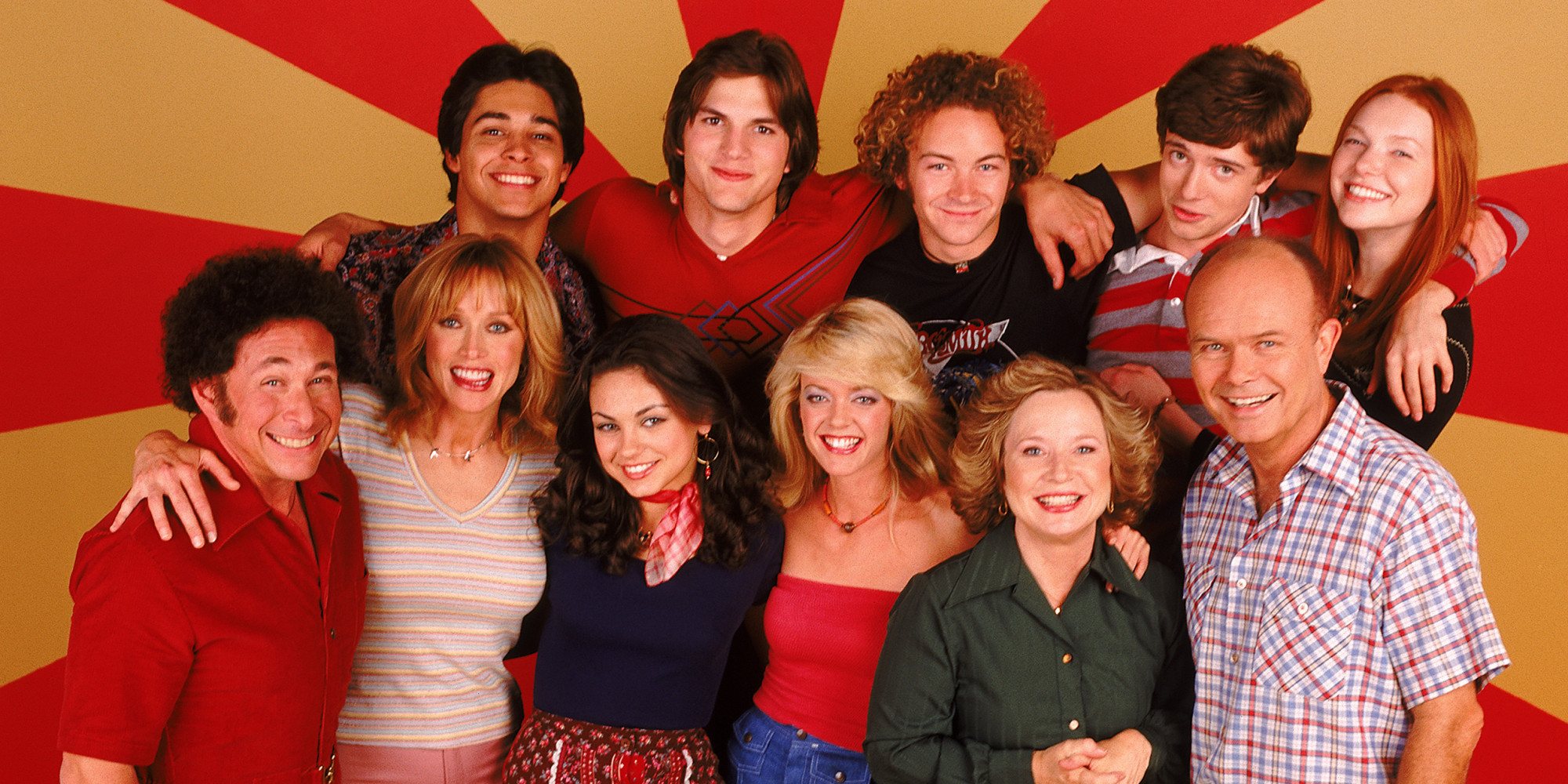 That 70s Show Reunion Cast Sings Show Theme Song Together