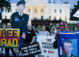 Chelsea Manning 'Shocked' By Peace Prize, Says She Doesn't Consider Herself A Pacifist