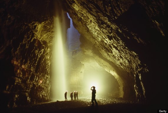 gaping gill cave