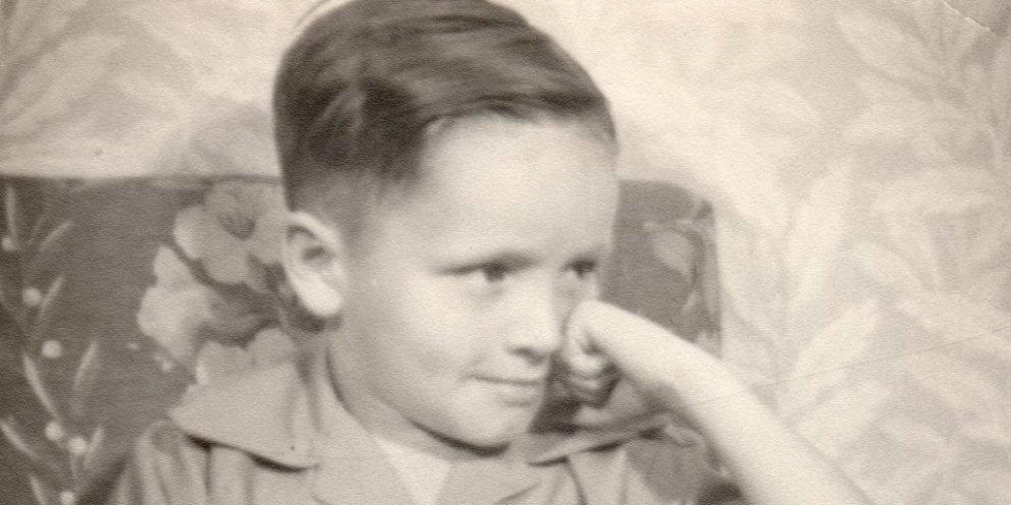 charles manson pictures show killer during his youth  photos