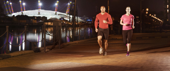 CLOTHES FOR NIGHT RUNNING