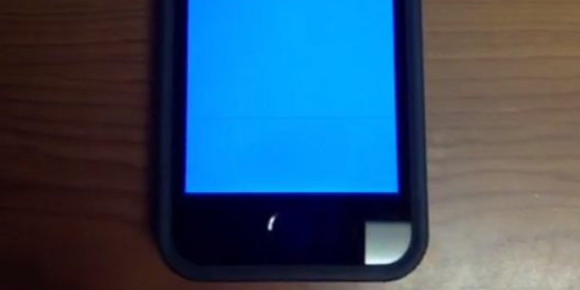 un bug de l 39 iphone 5s provoque un cran bleu de la mort comme sur windows. Black Bedroom Furniture Sets. Home Design Ideas