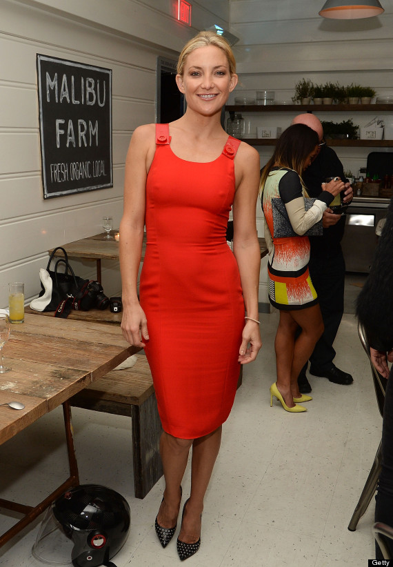 Kate Hudson Rocks Tight Red Dress, Looks Amazing | HuffPost