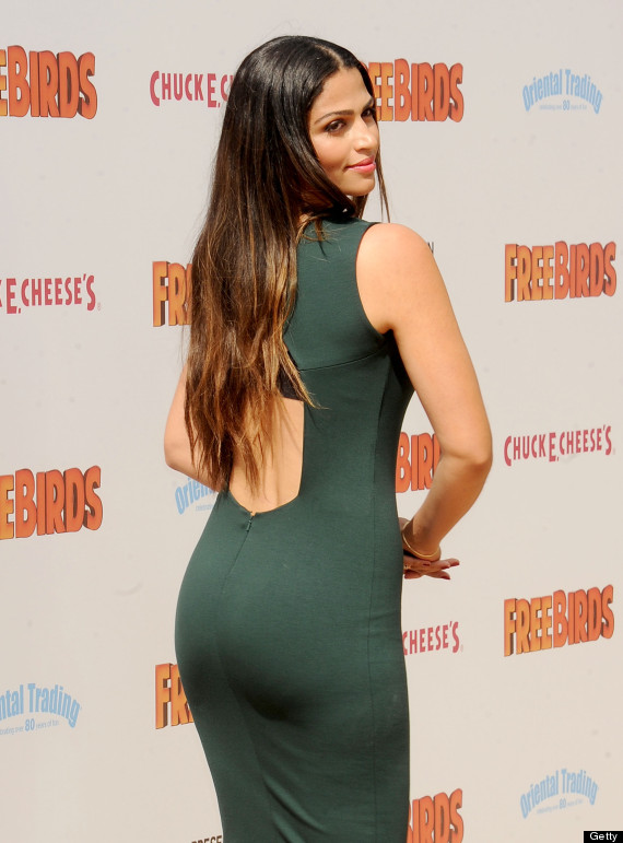 Camila Alves Mcconaughey Stuns In Sexy Backless Dress At