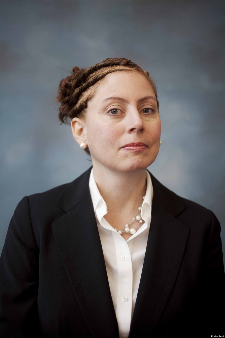 Outstanding White Women With Black Hairstyles Redefine Corporate America The Hairstyles For Men Maxibearus
