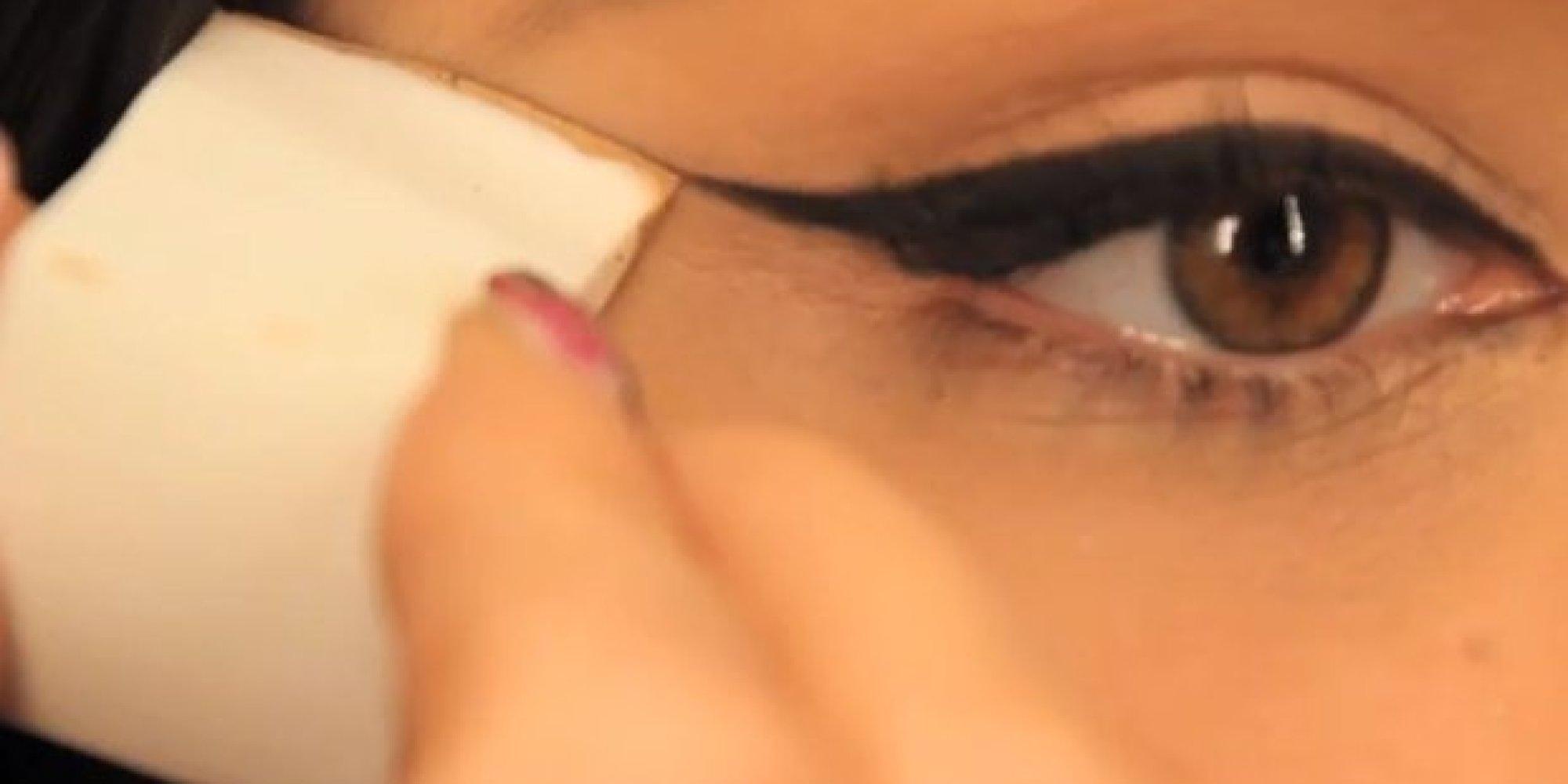 Winged eyeliner step by step consider