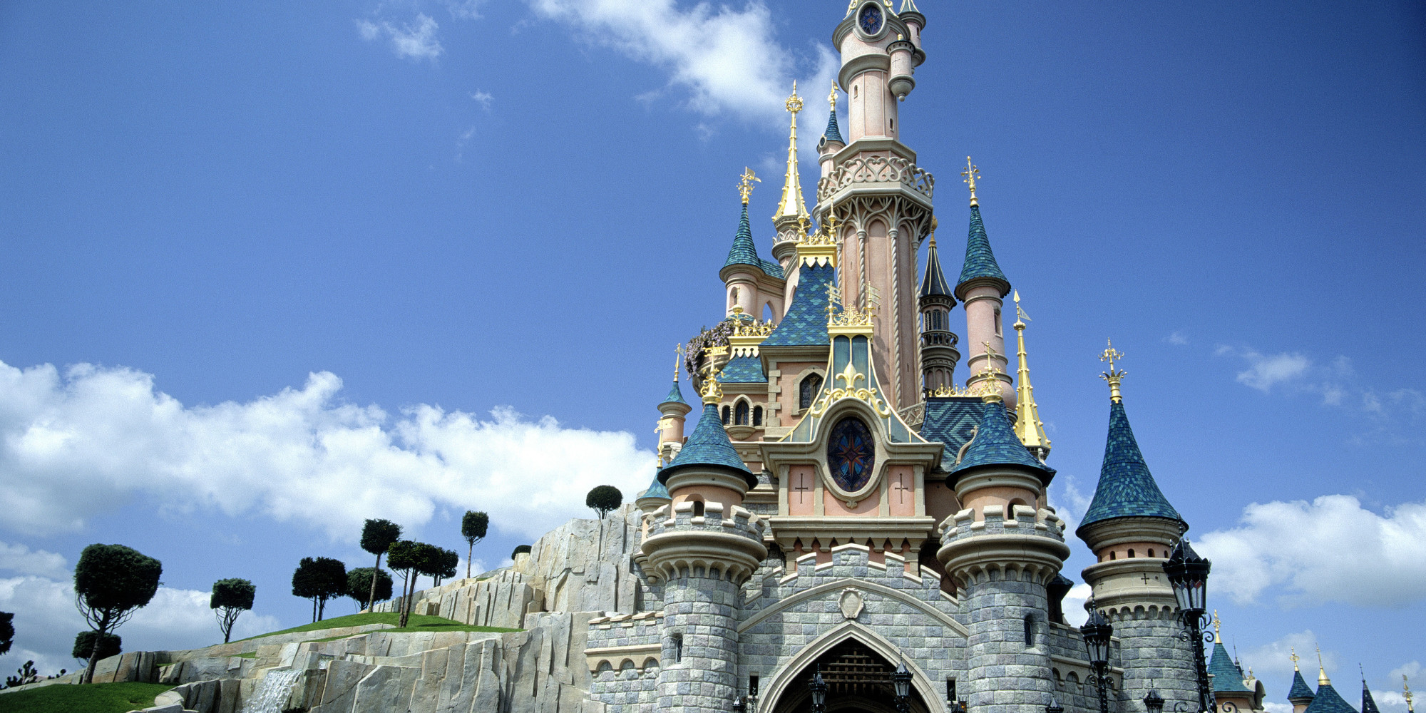 Here's How to Experience Disney World Without Buying Park ...
