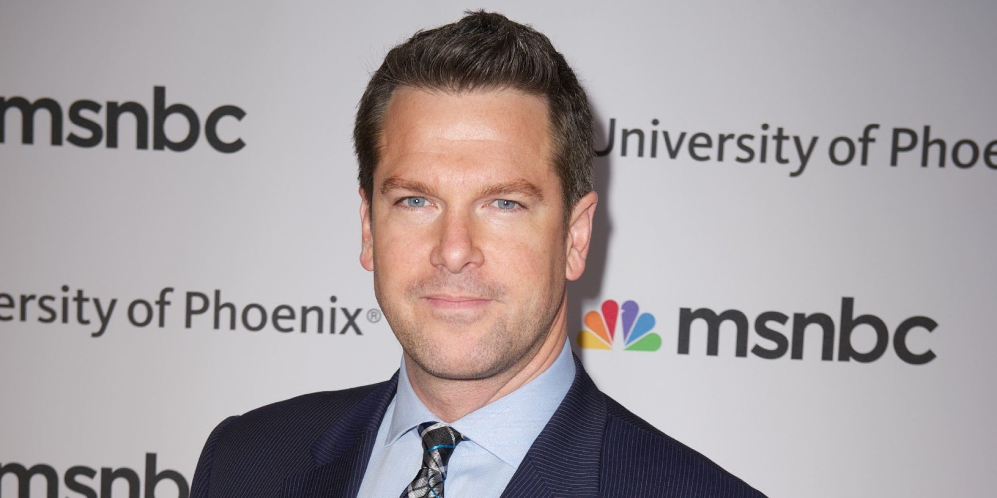 The 44-year old son of father (?) and mother(?), 181 cm tall Thomas Roberts in 2017 photo