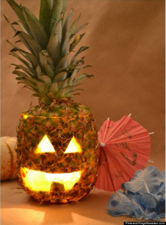 How pineapple jack o lanterns can make halloween even for Pineapple carving designs