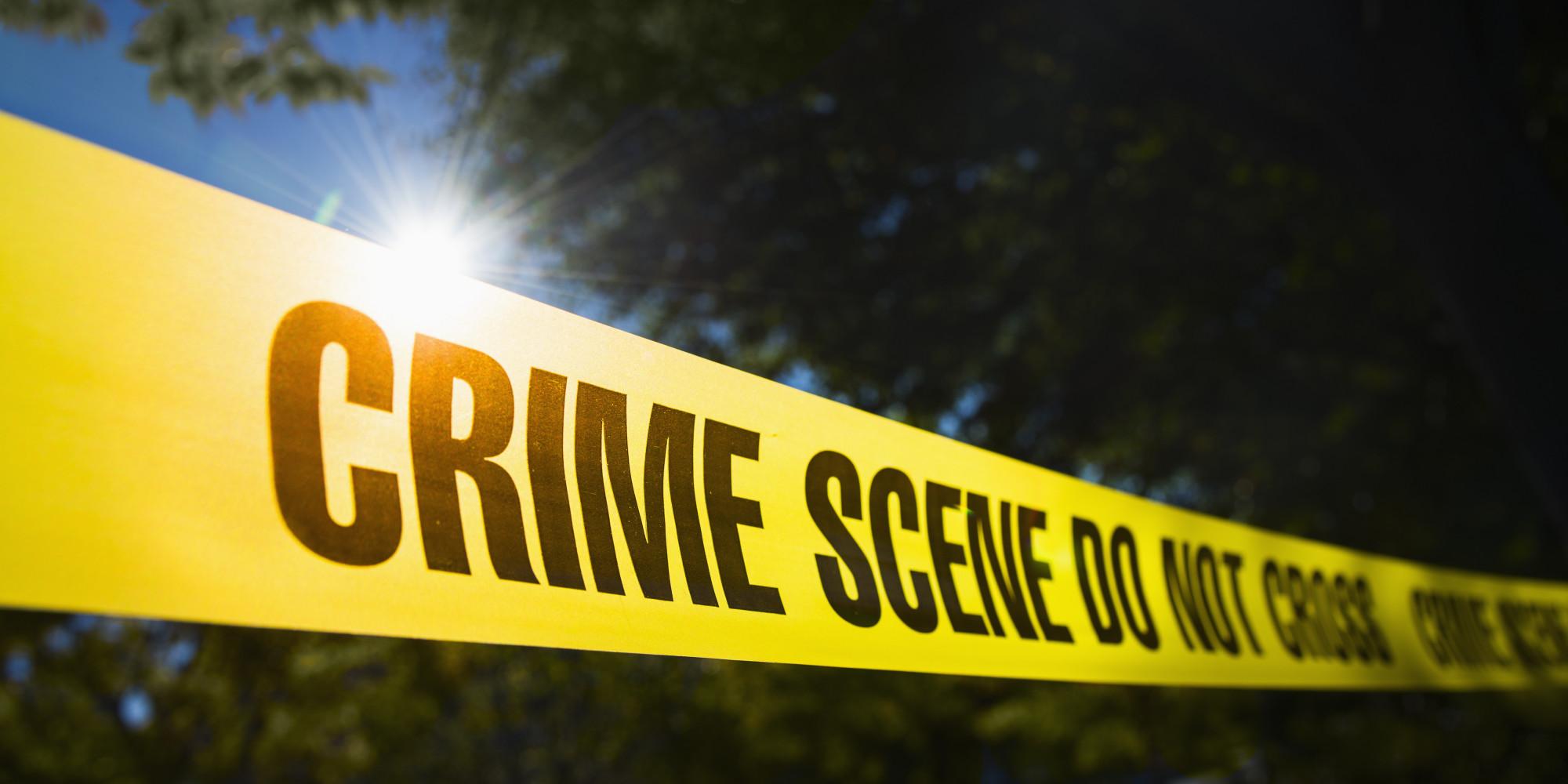http://i.huffpost.com/gen/1413833/images/o-CRIME-SCENE-facebook.jpg