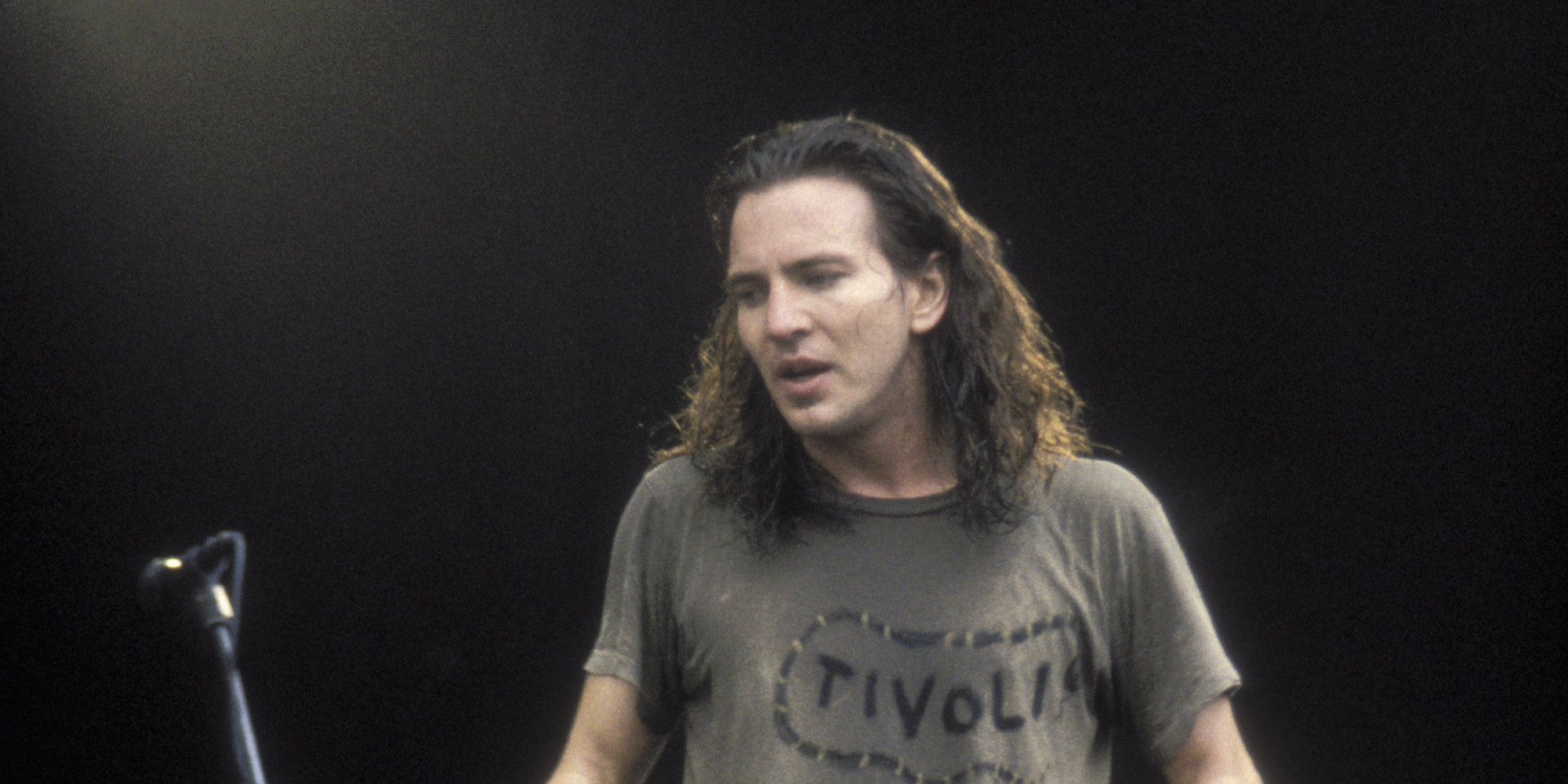 Pearl Jam's 'Vs.' Turns 20, So Let's Drop The Leash