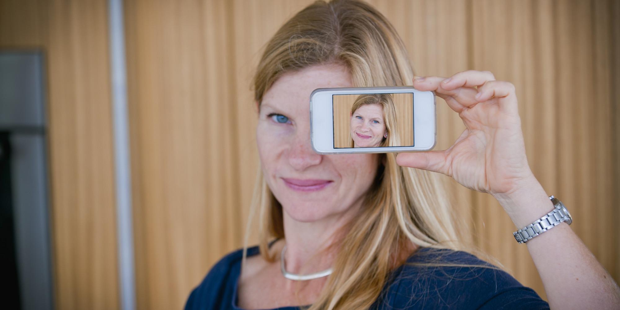 Funny Selfie Fails O-selfie-facebook.jpg