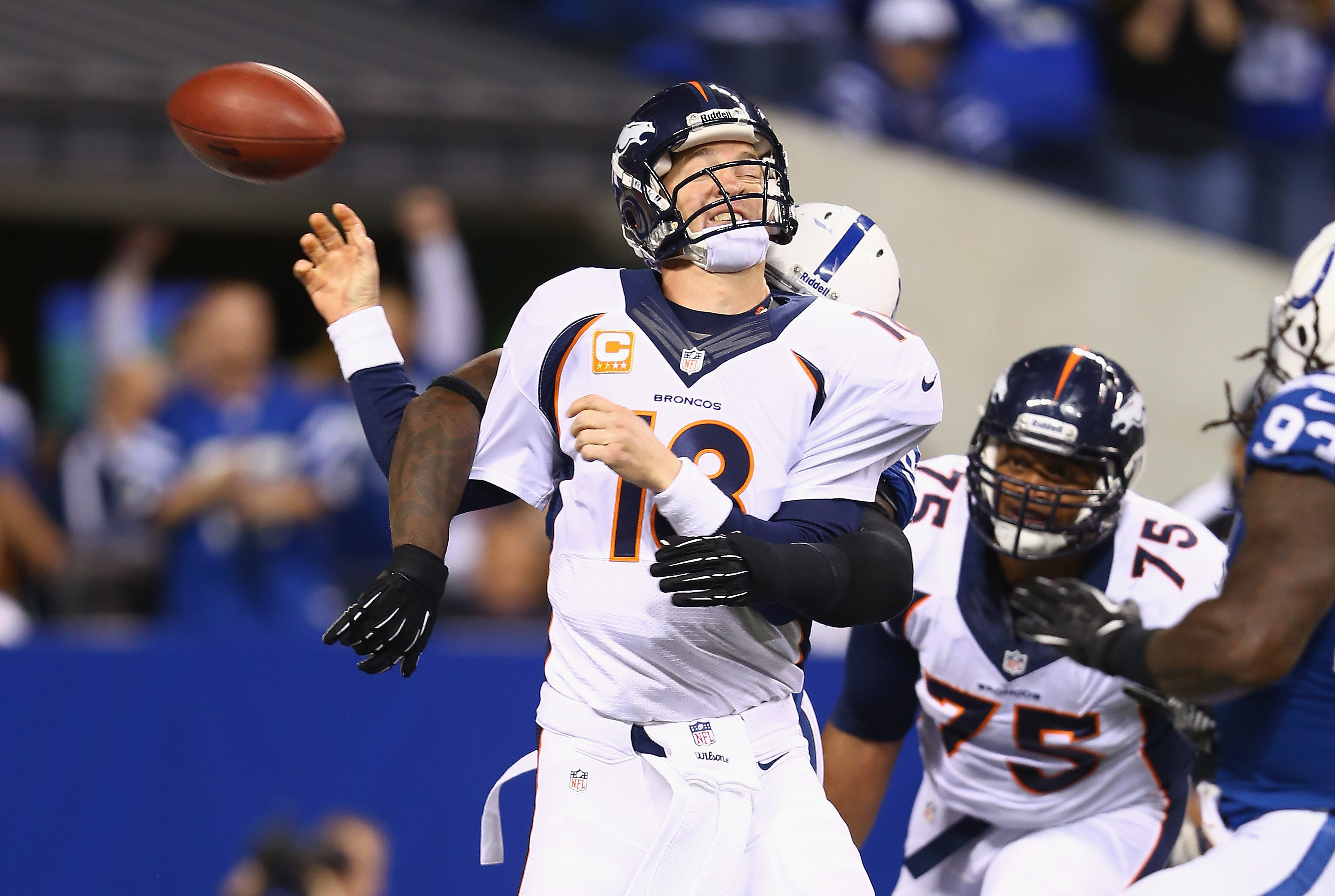Robert mathis sacks peyton manning photo sums up indianapolis peyton manning voltagebd Images