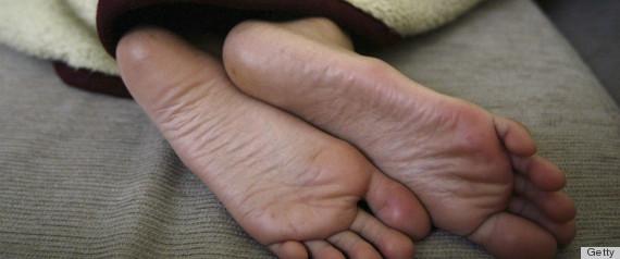 feet heels
