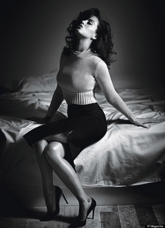 Katy Perry Smolders On W Magazine Cover As '60s Pinup (PHOTOS) | HuffPost