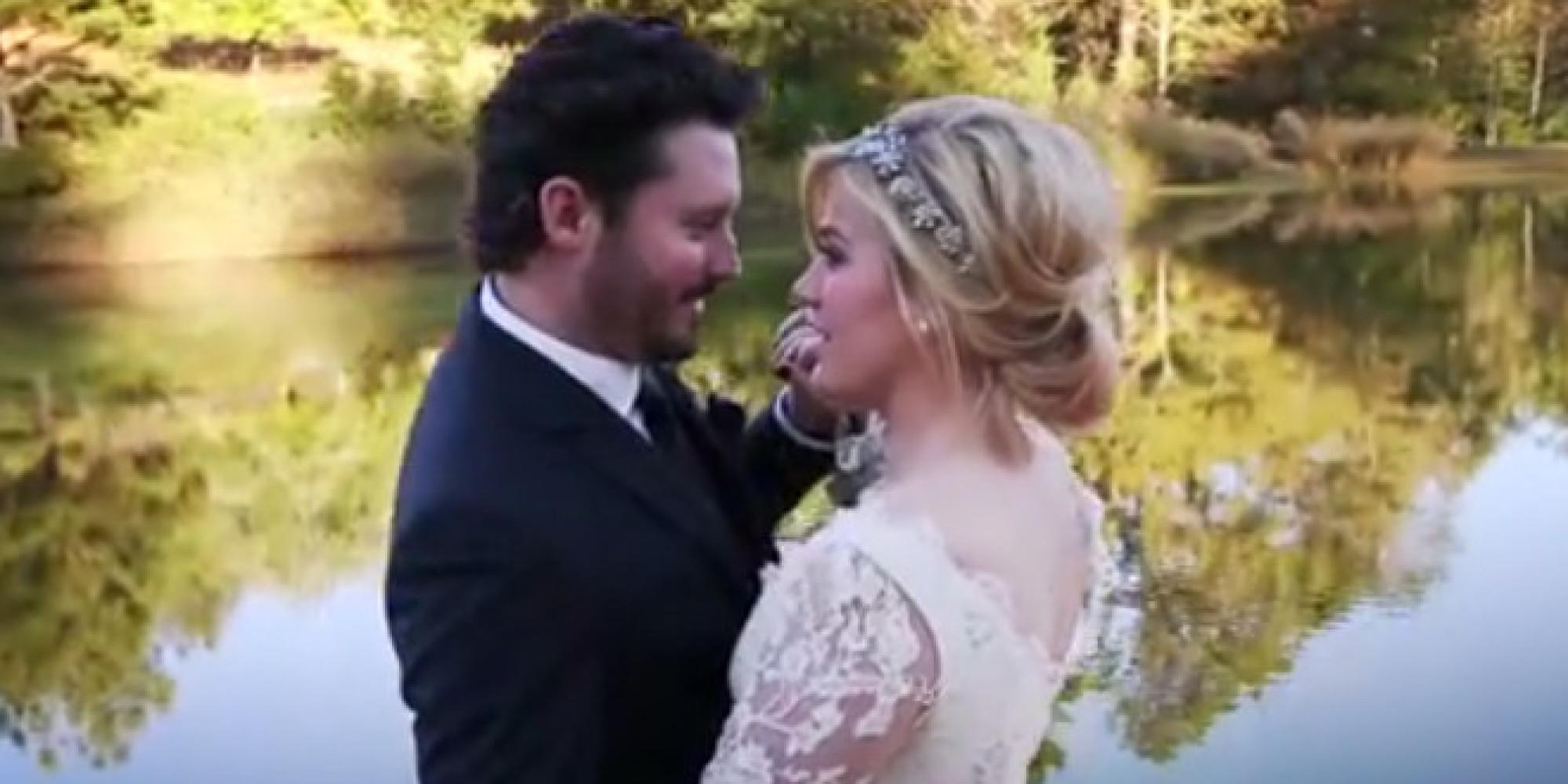 Georgia wife plays while husband films - 5 3