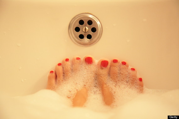 bathtub feet