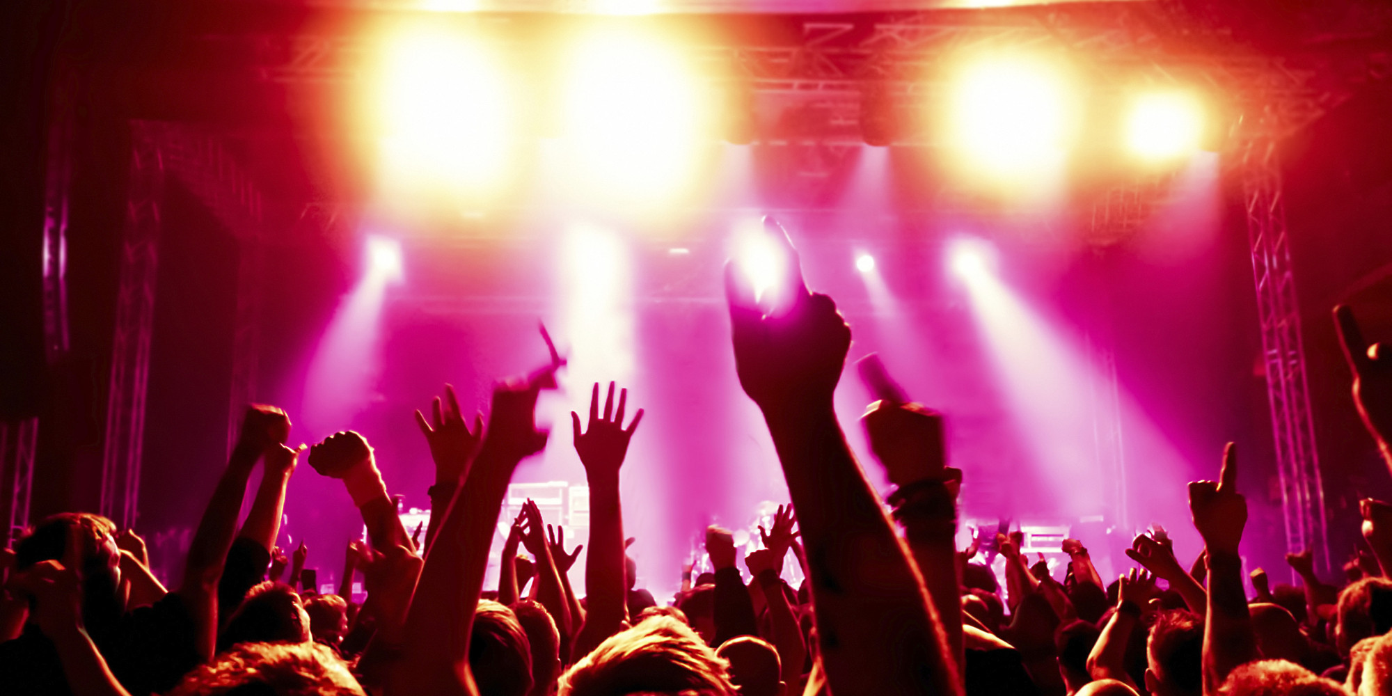 Avalancha en una discoteca de c rdoba al menos cinco for Terrace new year party