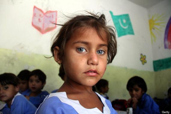 pakistani schoolgirl